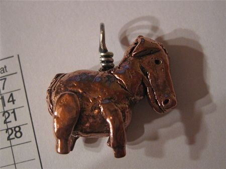 Tumbled copper horsey