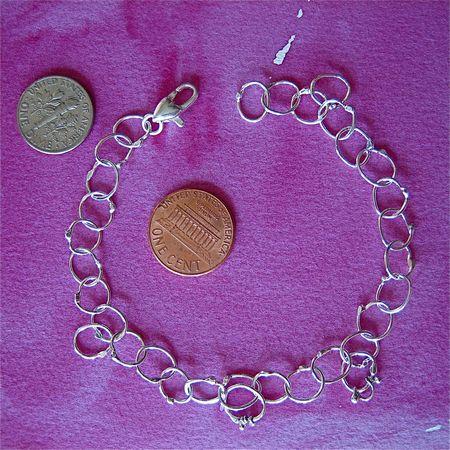 Tiny chain & clasp