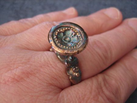 Seal ring best on hand