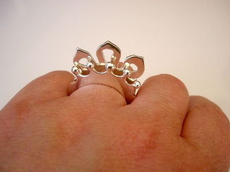 Stacking rings on hand