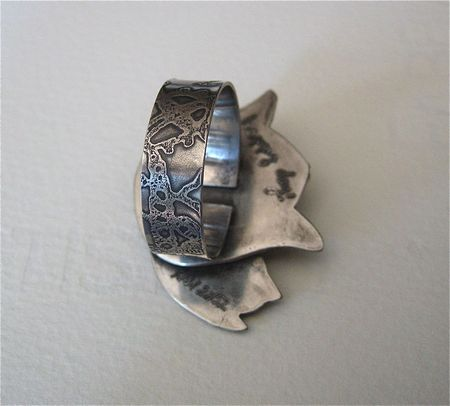 Tulip ring band