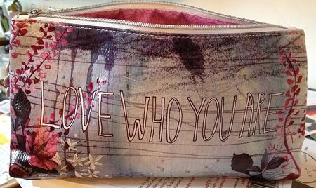 Purse love who you are 14x8