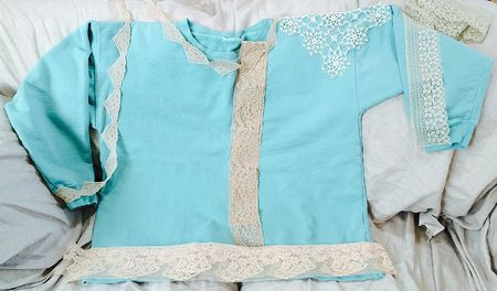 Turq shirt with lace 16x9