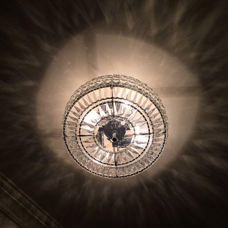Hotel chandelier 16x16