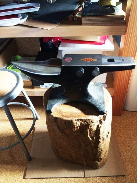 My new anvil - 70 lb 13.5x18