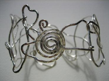 Hammeredbraceletspiralclasp