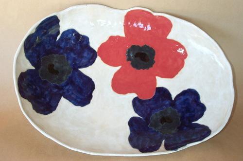 Red & blue poppy platter