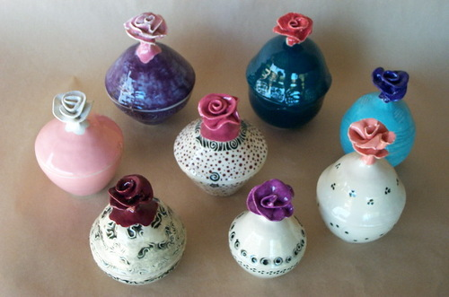 Set of boxes with rose finials